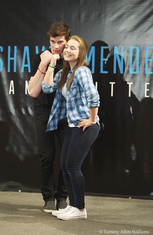 Shawn mendes meet and greet and performance at mall of america written and photographed by tommy allen williams m4hsunfo