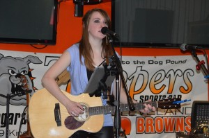 Ashlynne Vince performs at Trappers Sports Bar