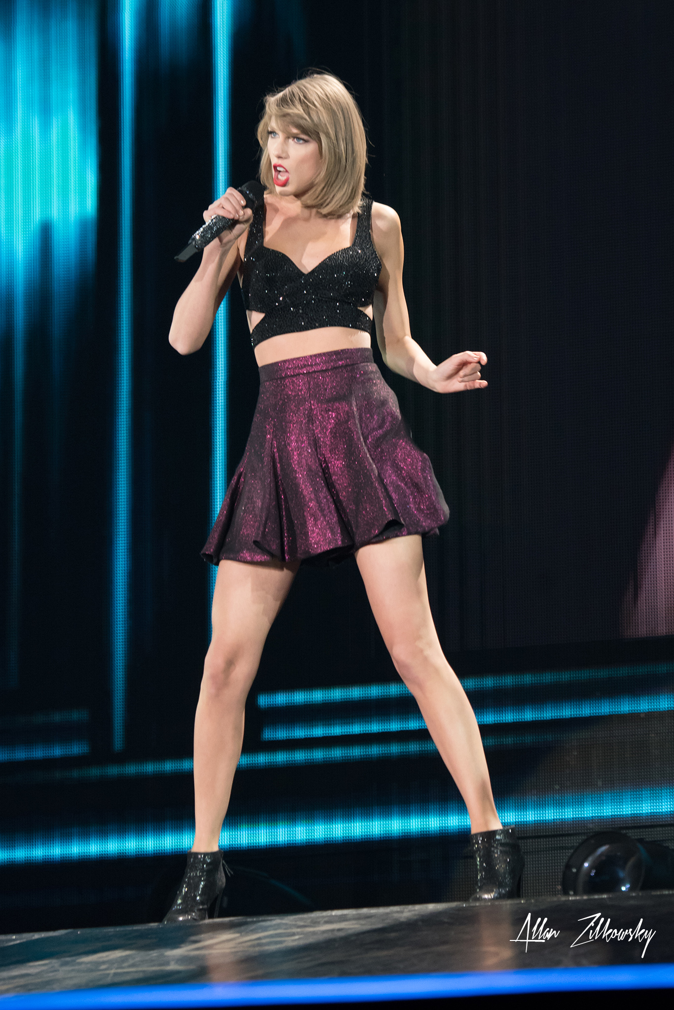 Taylor Swift Live At Rogers Centre Toronto Ontario