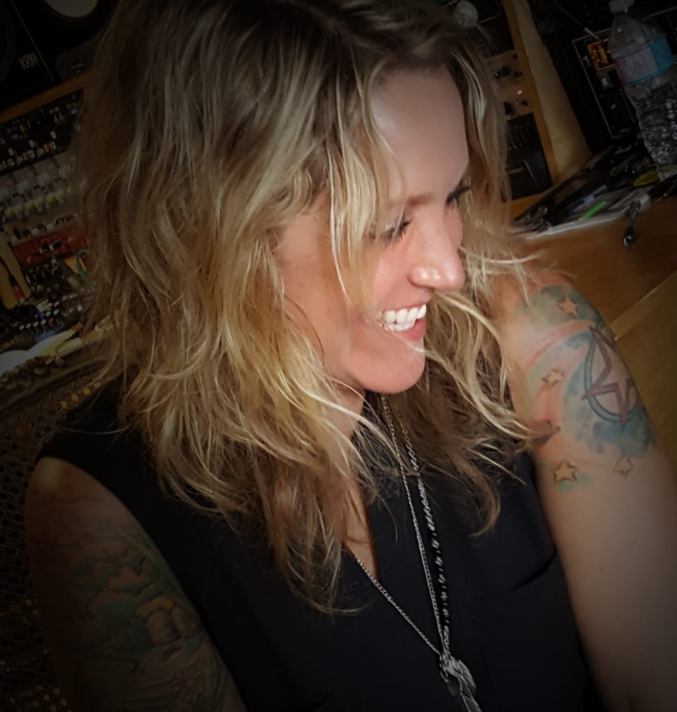 London, ON singer/songwriter Sarah Smith has released her new album, a 17-song creative tour de force entitled 11.