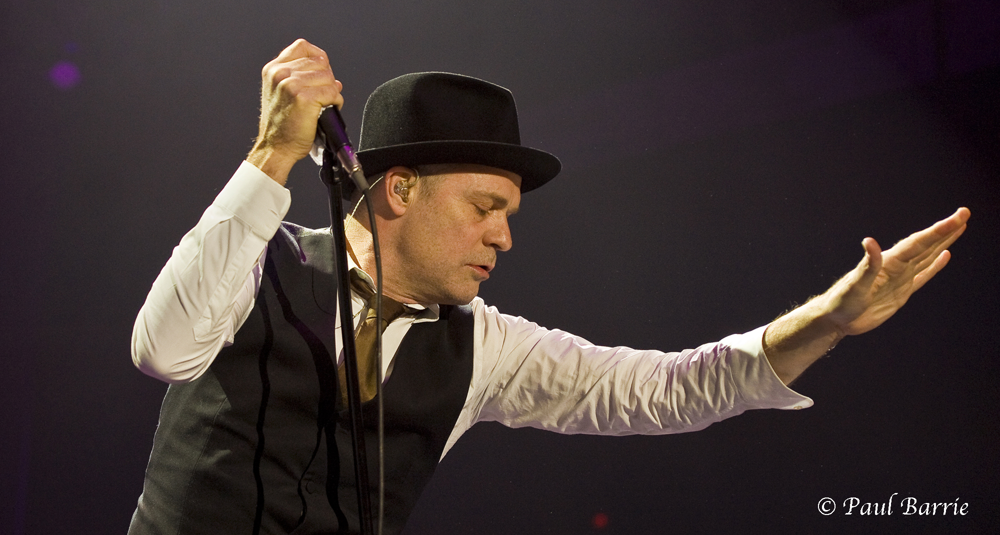 Tragically Hip Frontman Gord Downie Passes Away After