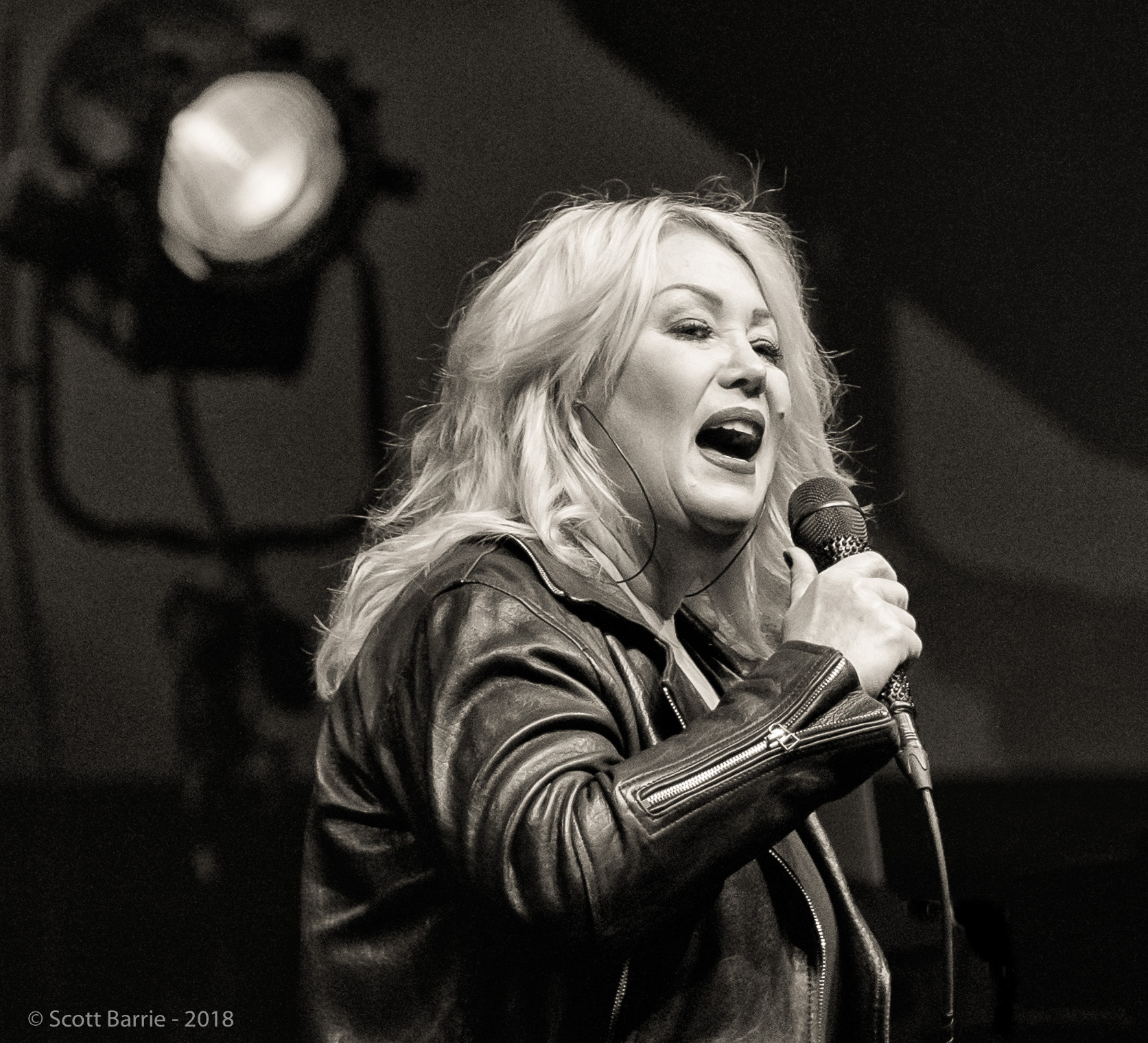 Jann Arden At Centre In The Square Kitchener Ontario